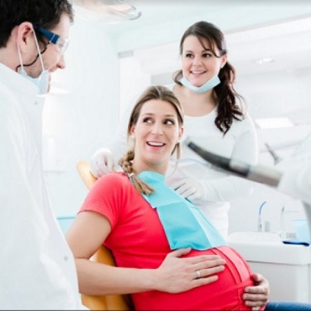 Dental-Care-for-Expecting-Mothers-1-768x511 Dental Care for Expecting Mothers